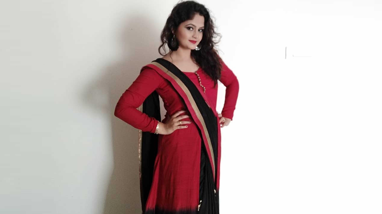 designer sarees embroidered