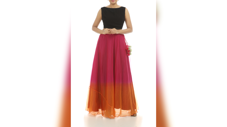 designer skirts in online